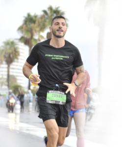 photo de rémy au marathon Nice Cannes